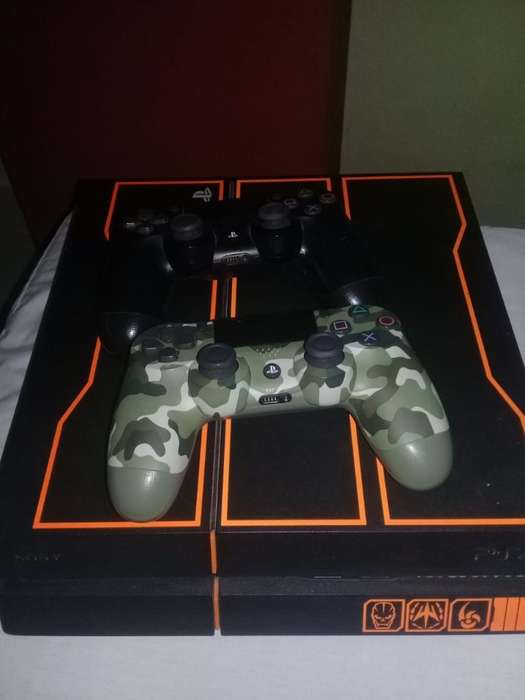 Play Station 4 Edición Call Of Duty
