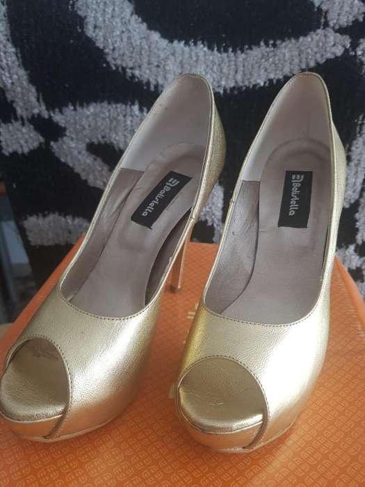 Vendo <strong>zapatos</strong> Nro 38 Dorados