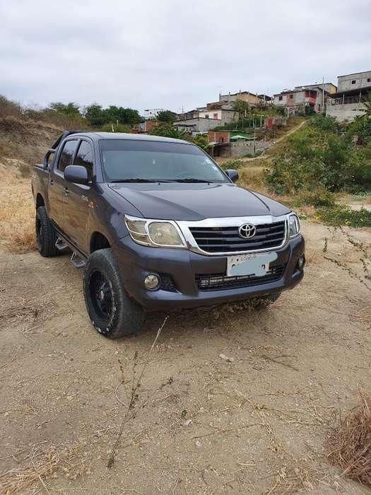 Toyota Hilux 2013 - 167224 km