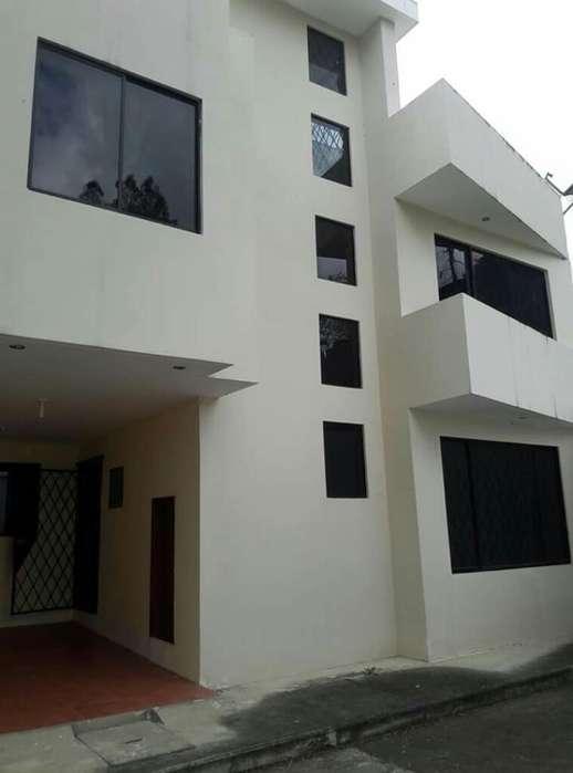 Alquilo Casa en Estancia Norte