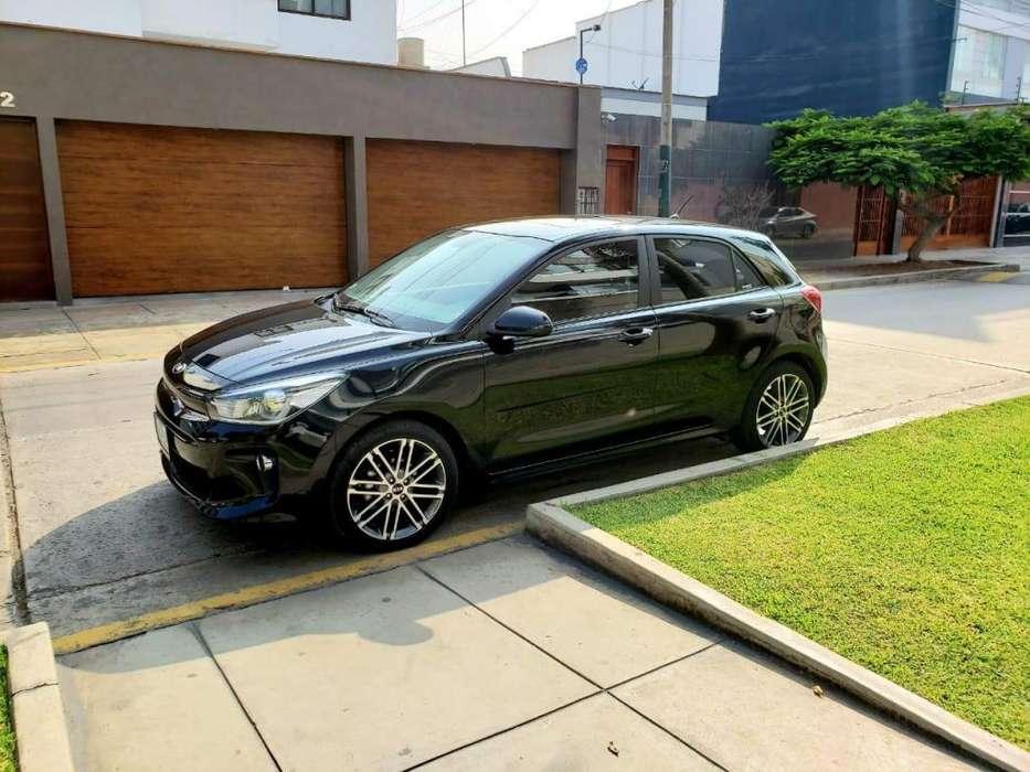 Kia Rio Hatchback 2017 - 11400 km