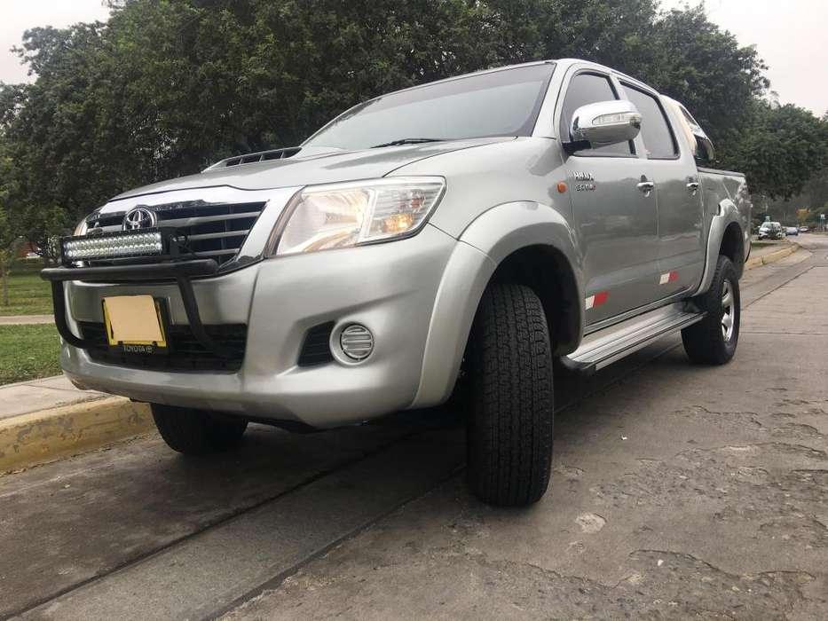 Toyota Hilux 2015 - 103000 km