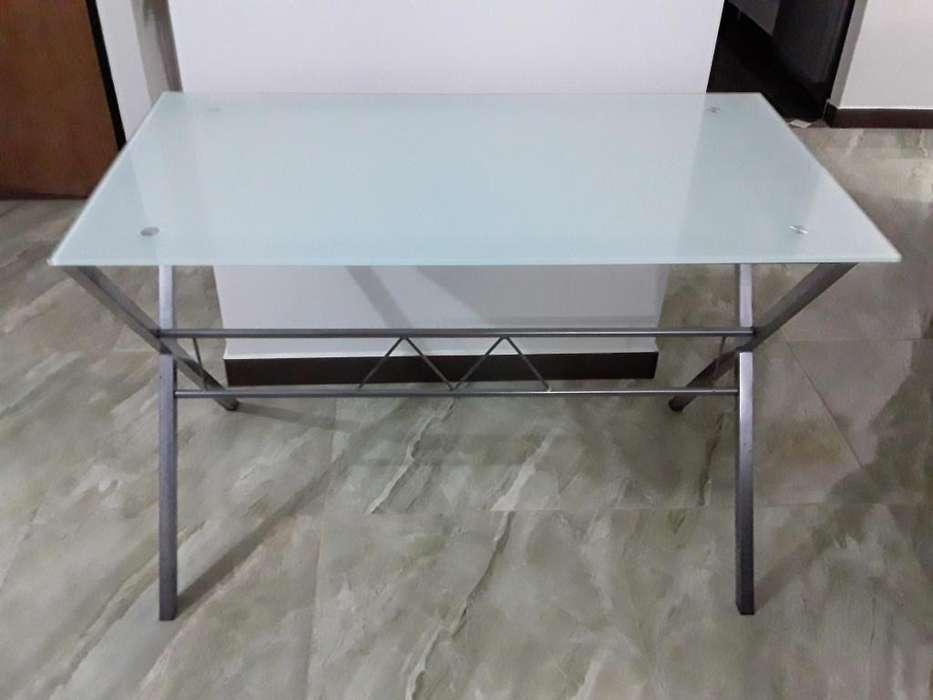 Mesa-<strong>escritorio</strong>