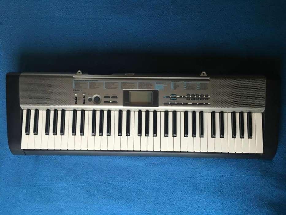 vendo o cambio teclado organeta Casio CTK1300ES