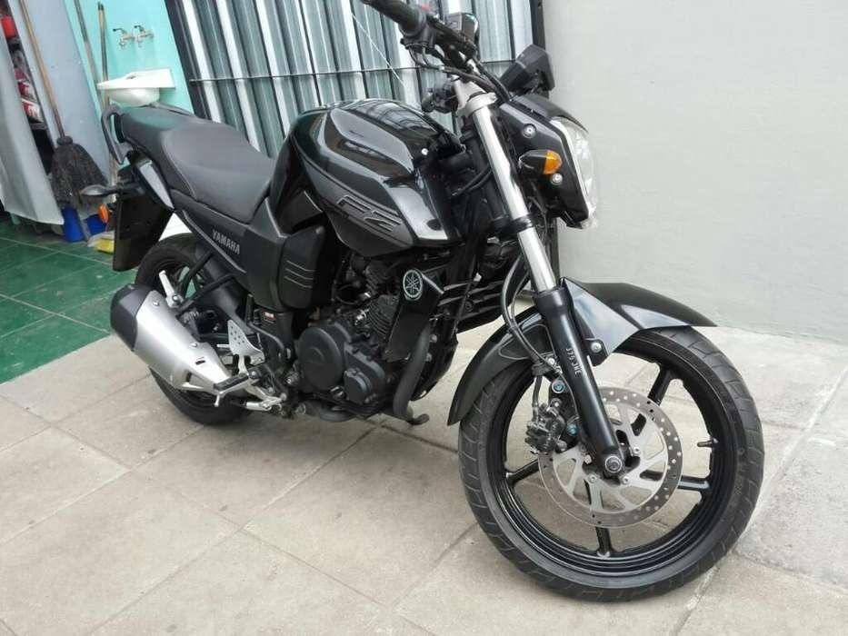 Vendo <strong>yamaha</strong> Fz 2013 (3.000 Km)