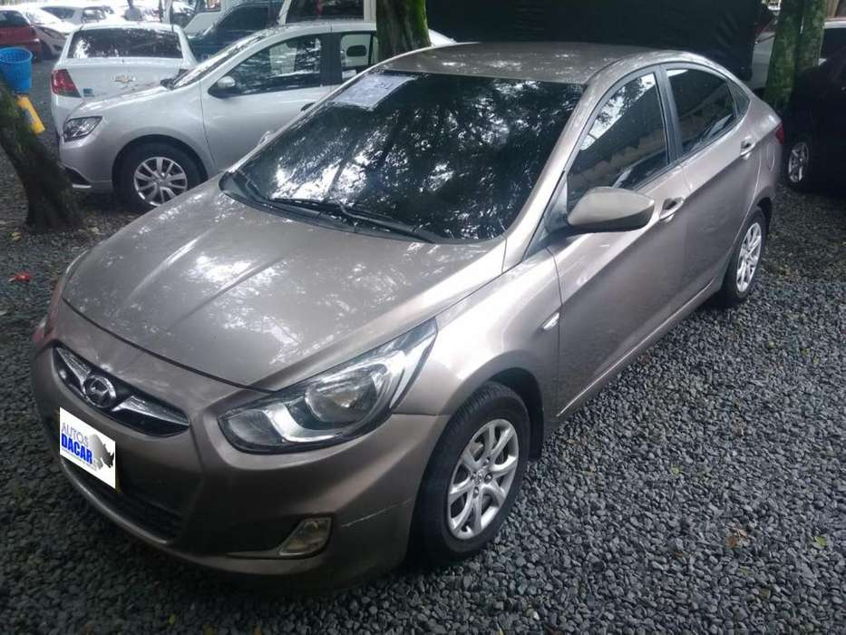 Hyundai i25 2012 - 129387 km