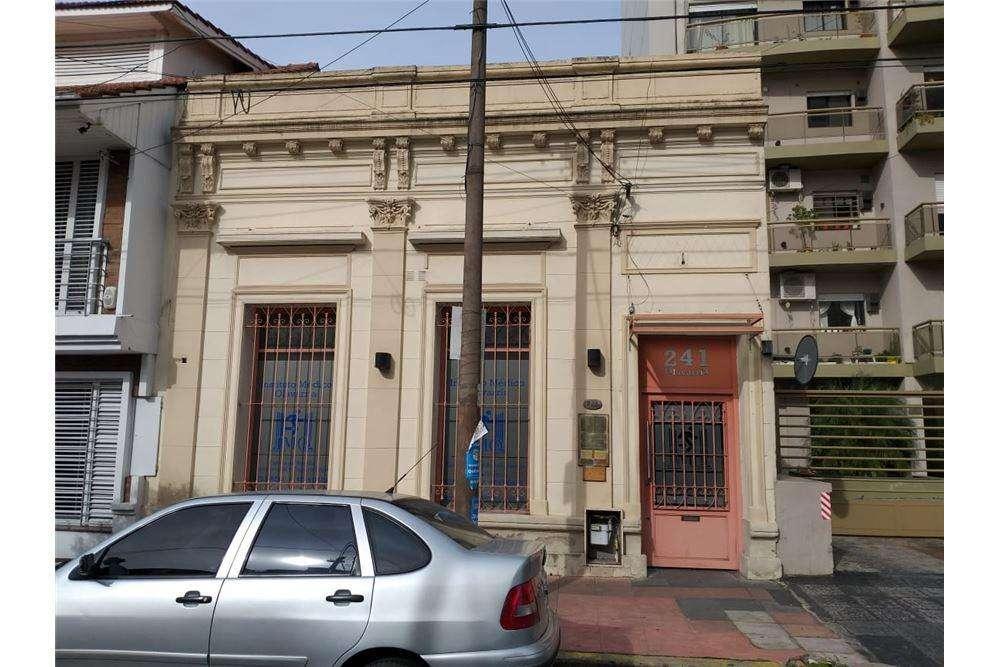 VENTA CENTRO TRAUMATOLÓGICO EN QUILMES CENTRO