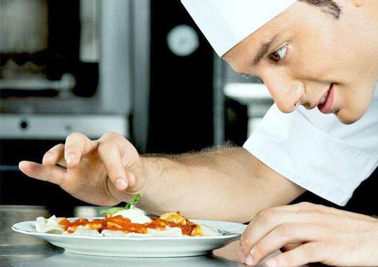 Auxiliar de cocina - Con experiencia