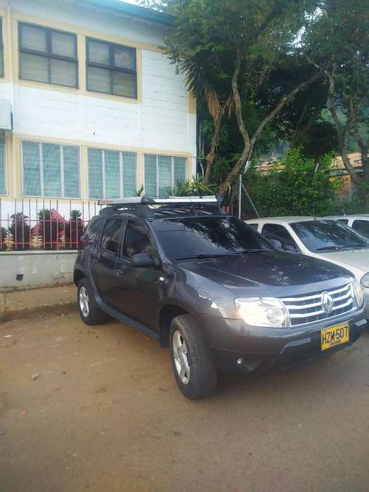 Renault Duster 2015 - 74500 km