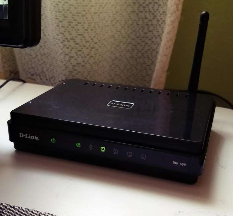 <strong>router</strong> Wireless D-link Dir- 600