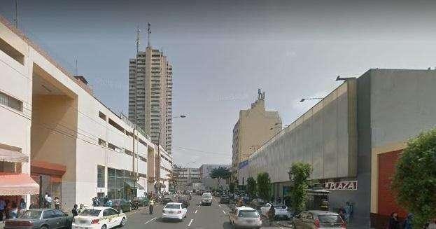 Alquilo Local Comercial en Jr. Camana X Centro Civico Ac. 9 m²