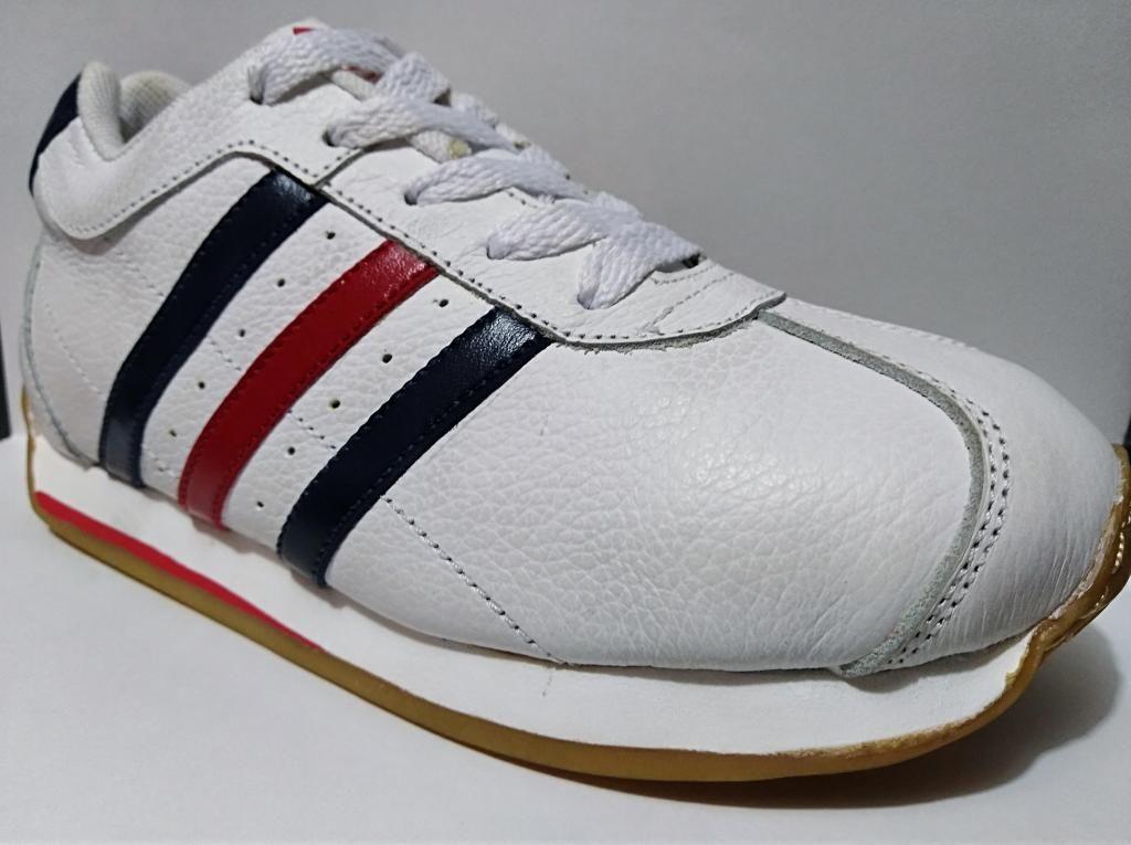 Zapatos para niños #30 LoC2Roj Mira Mami
