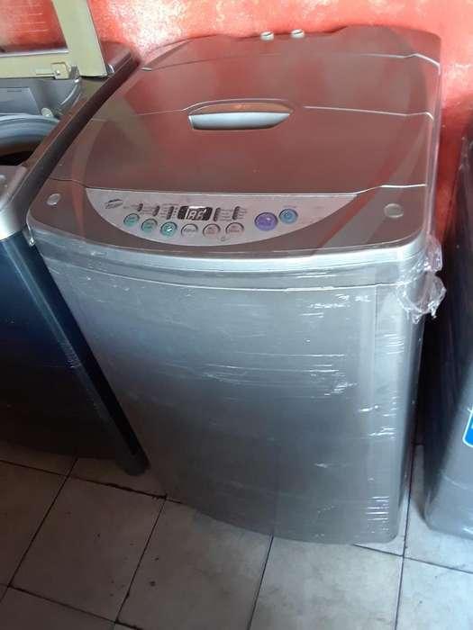 Se Vende Lavadora de 30 Libras Lg