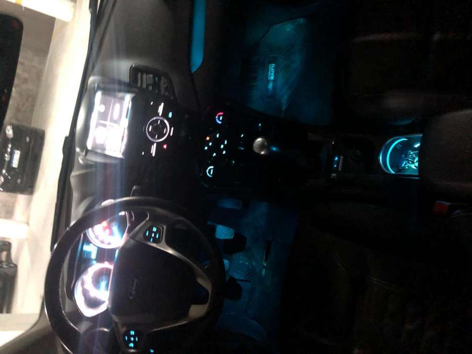 Ford Fiesta Kinetic 2016 - 82000 km