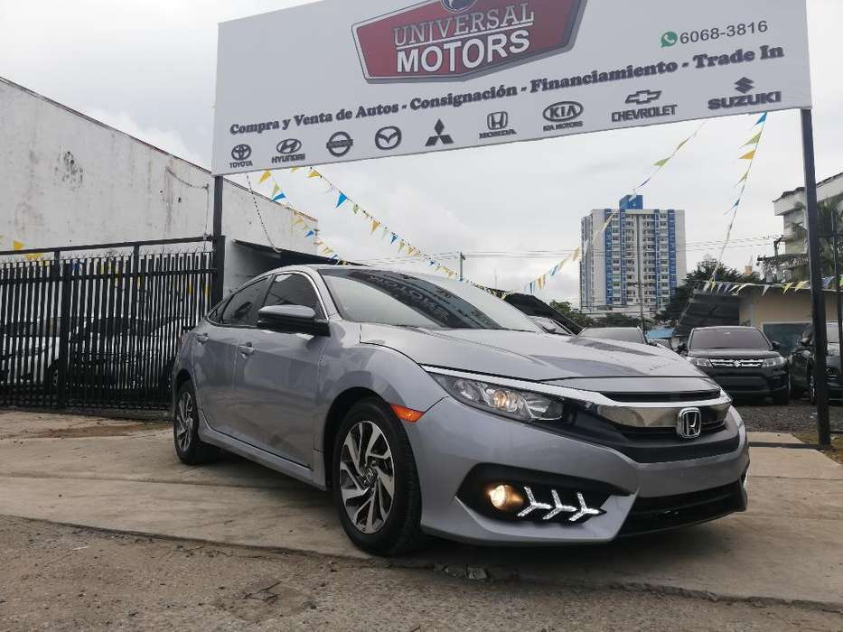 Honda Civic 2018 - 7000 km