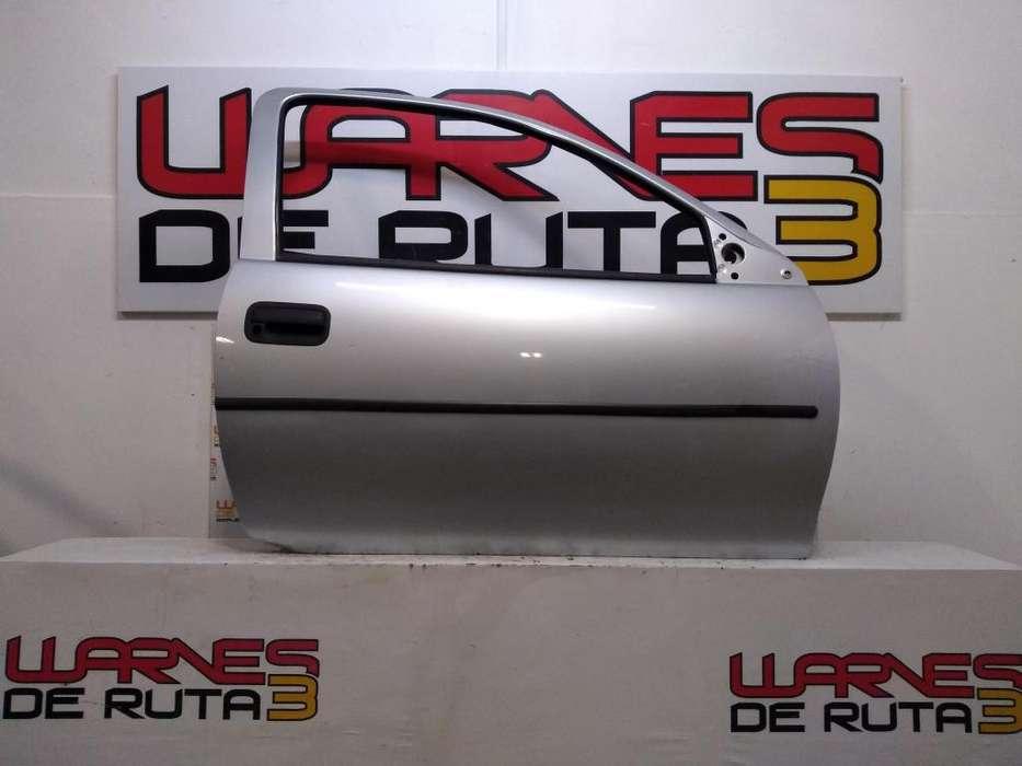 Puerta Delantera Derecha Chevrolet Corsa 3 Puertas 02495188