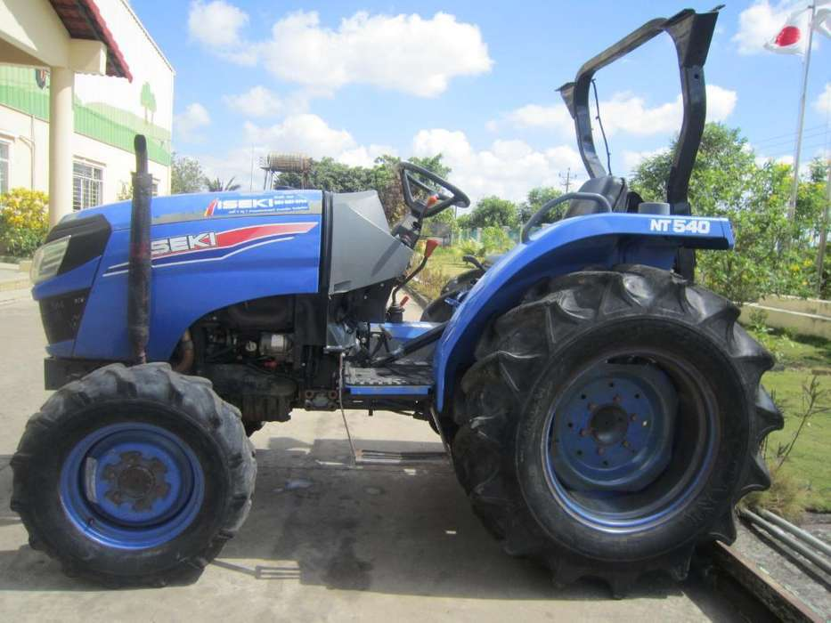 Tractor <strong>4x4</strong> 40 Hp Japones Remato Seminue