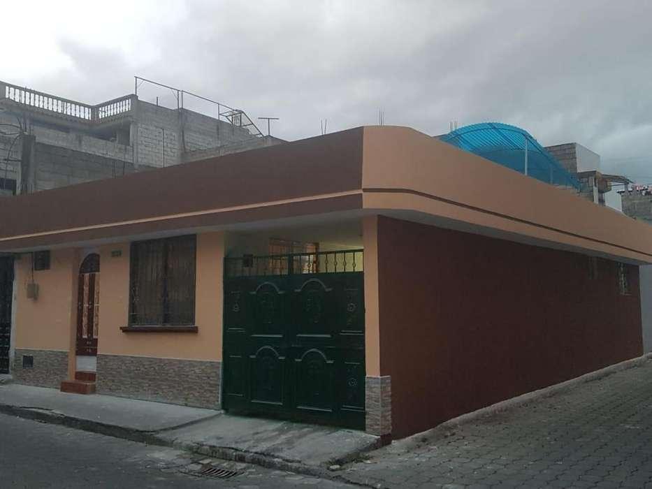 Vendo local frente banco Pichincha tambillo