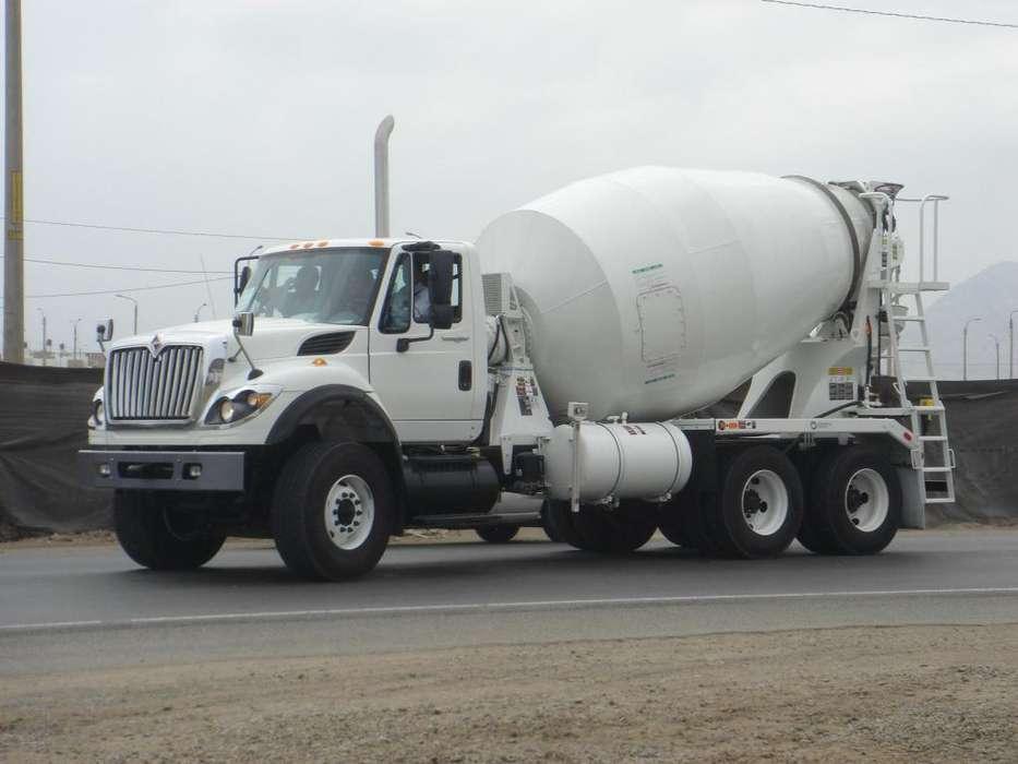 Alquilo camion mixer de 8m3 semi nuevo