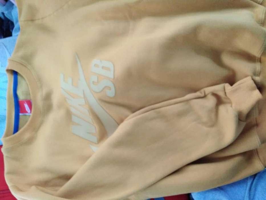 8a18f26058ac Ropa caballeros: Ropa y Calzado en venta en Lima | OLX