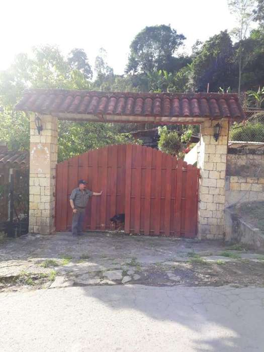 SE VENDE CASAS QUINTA SAN ANTONIO DEL TEQUEDAMA