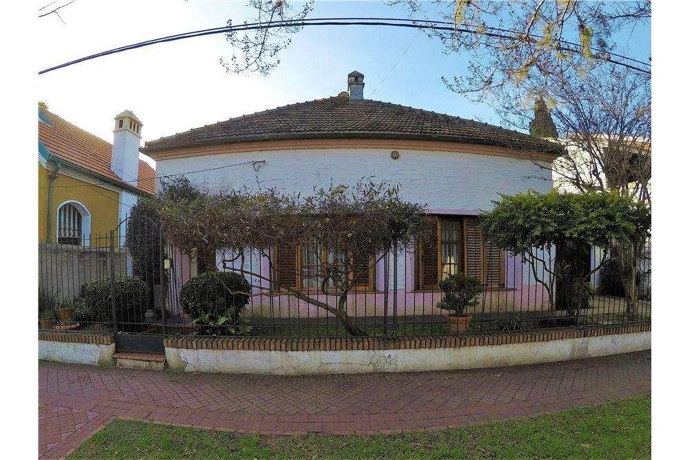 Venta Casa 3 dormitorios Castagnino al 300 Alberdi