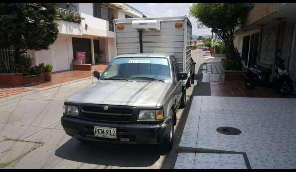 Mazda B-2200 1998 - 2000 km