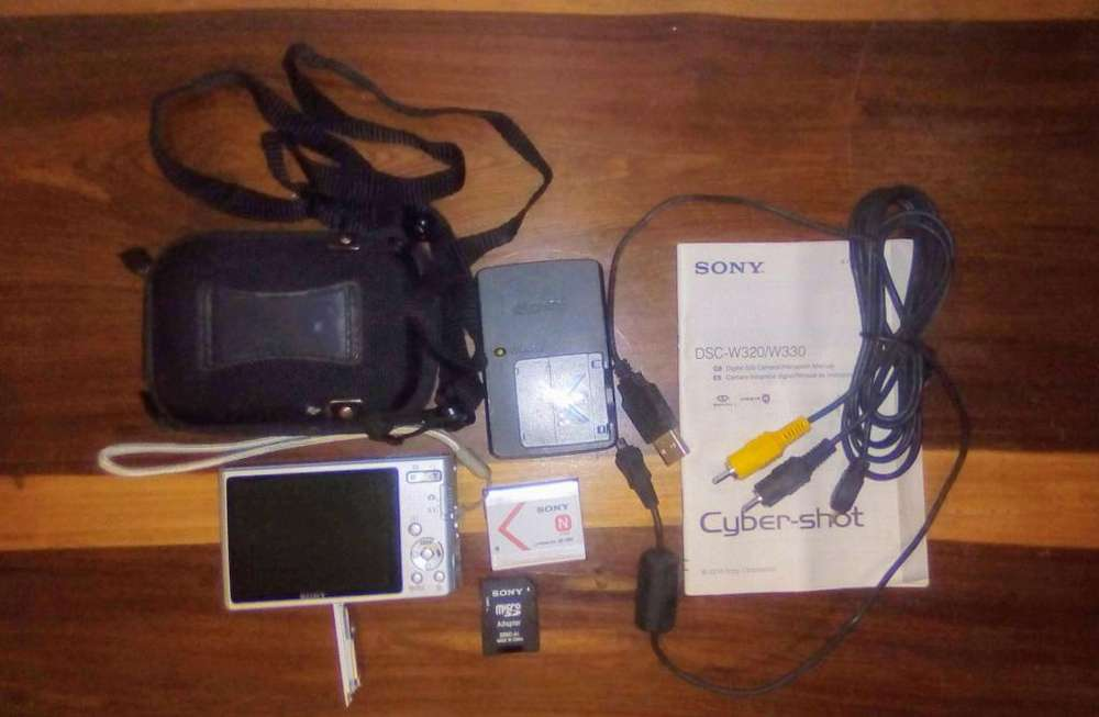 Cámara Fotográfica Sony 4x Catorce Mp