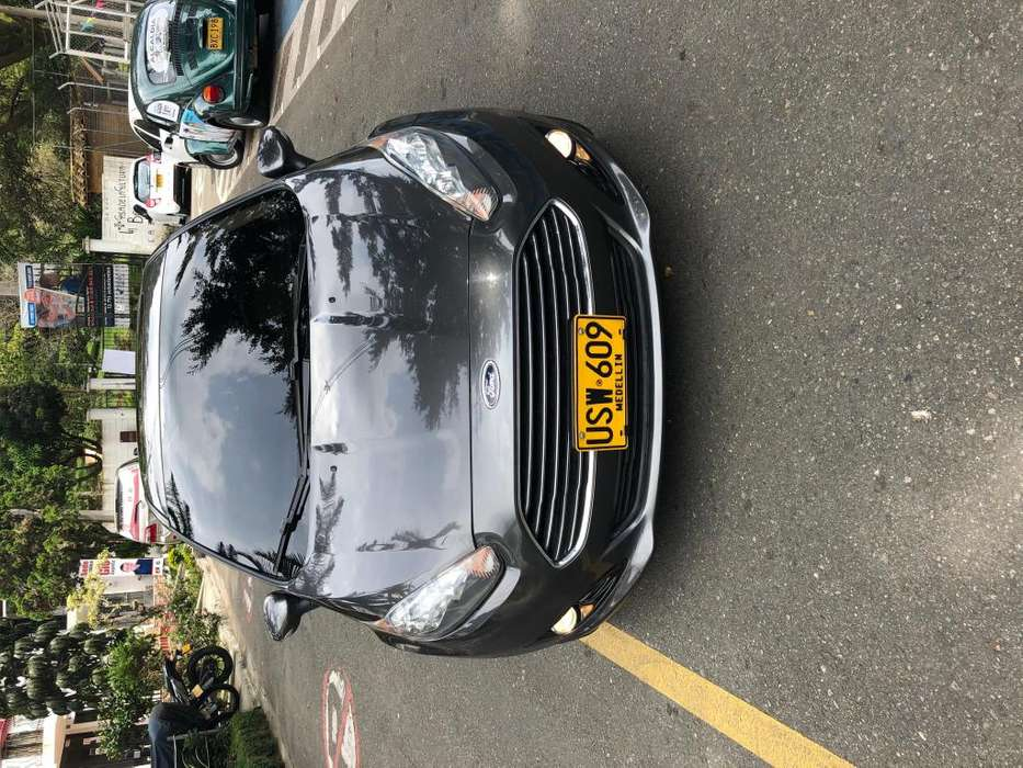 <strong>ford</strong> Fiesta  2015 - 54340 km