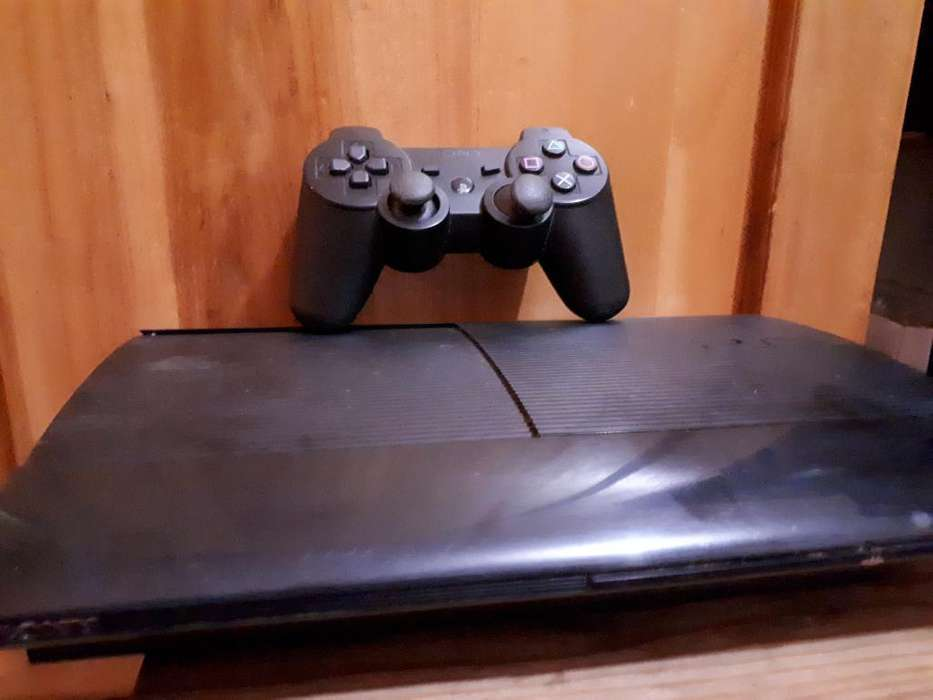 <strong>playstation</strong> 3 Super Slim de 500gb
