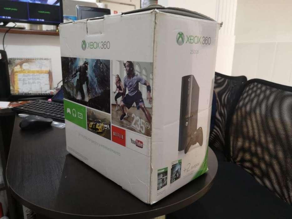 Xbox 360 Slim E DD 250GB 24 peliculas