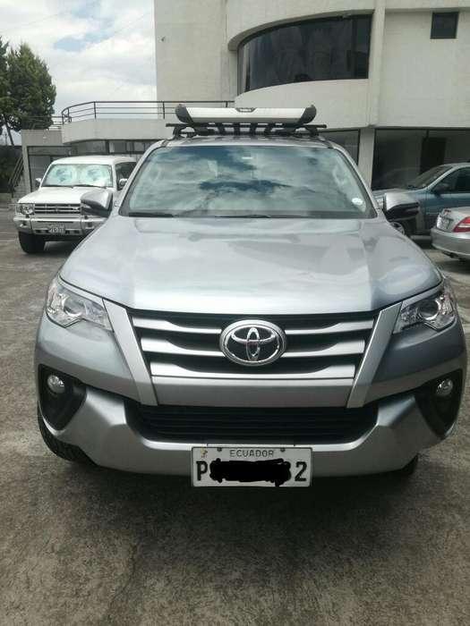 Toyota Fortuner 2017 - 85000 km