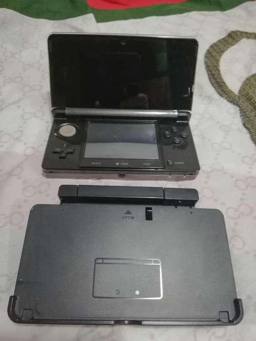 Nintendo 3ds con 5 Juegos