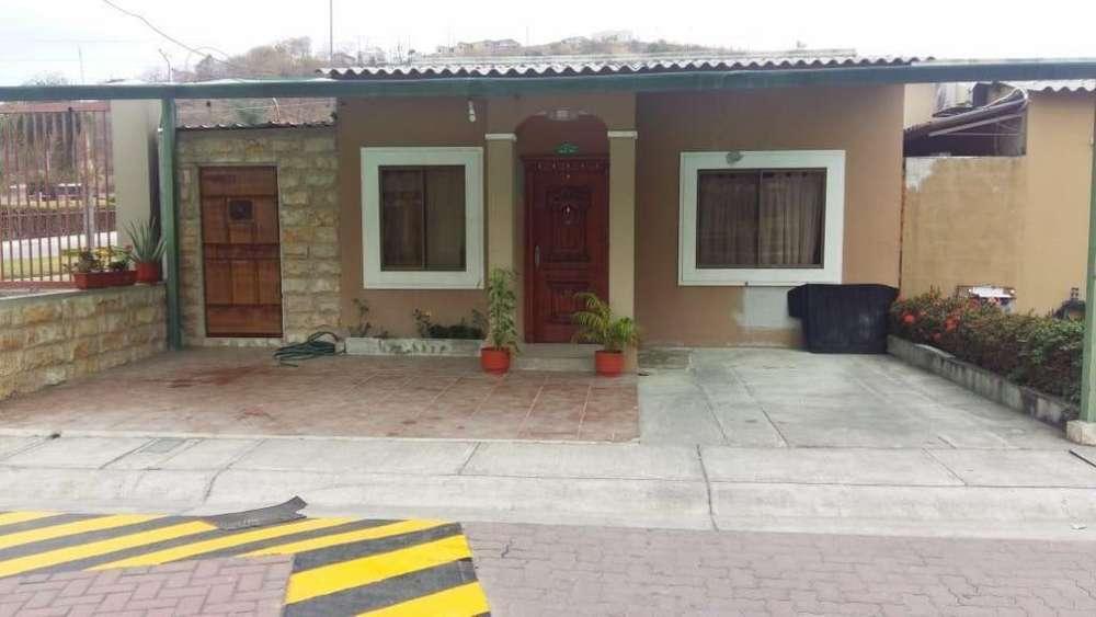 Venta de Casa en La Joya - Etapa Esmeralda - K. Paladines