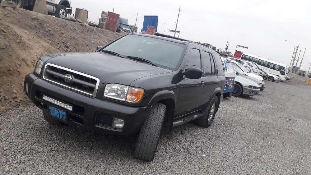 Nissan Pathfinder 1999 - 300000 km
