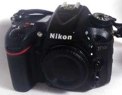 Nikon D7100 Lente 35mm 1.8  Trípode