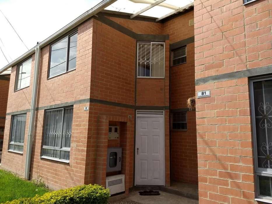 Casa en el conjunto residencial la Finca Manzana 5 casa 82