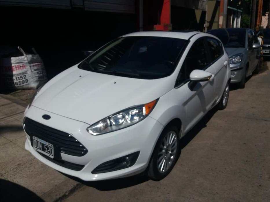 Ford Fiesta Kinetic 2015 - 62000 km