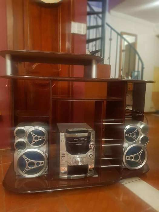 Mueble para <strong>radio</strong> Y Televisor