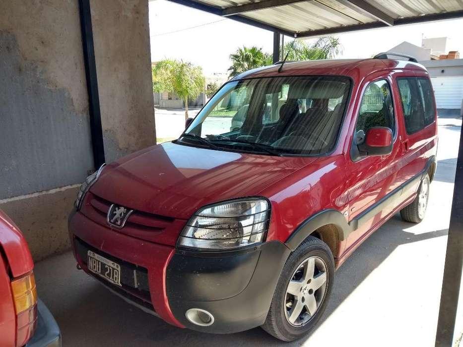 Peugeot Partner 2013 - 170000 km