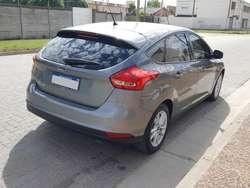Ford focus 1.6 S 75.000km a 0km! 2016 PERMUTO o CONTADO!