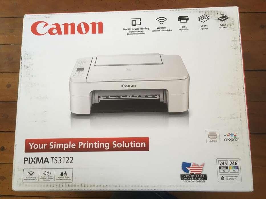 Impresora, copiadora y escaner marca Canon - Nueva!