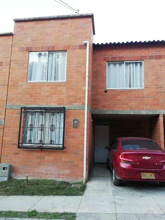 Hermosa Casa en <strong>ciudad</strong> de Los Guaduales.