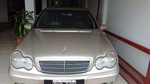 <strong>mercedes-benz</strong> Clase C 2002 - 217000 km