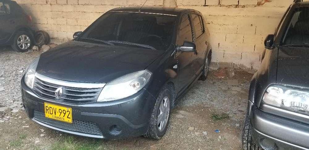 Renault Sandero 2011 - 98000 km
