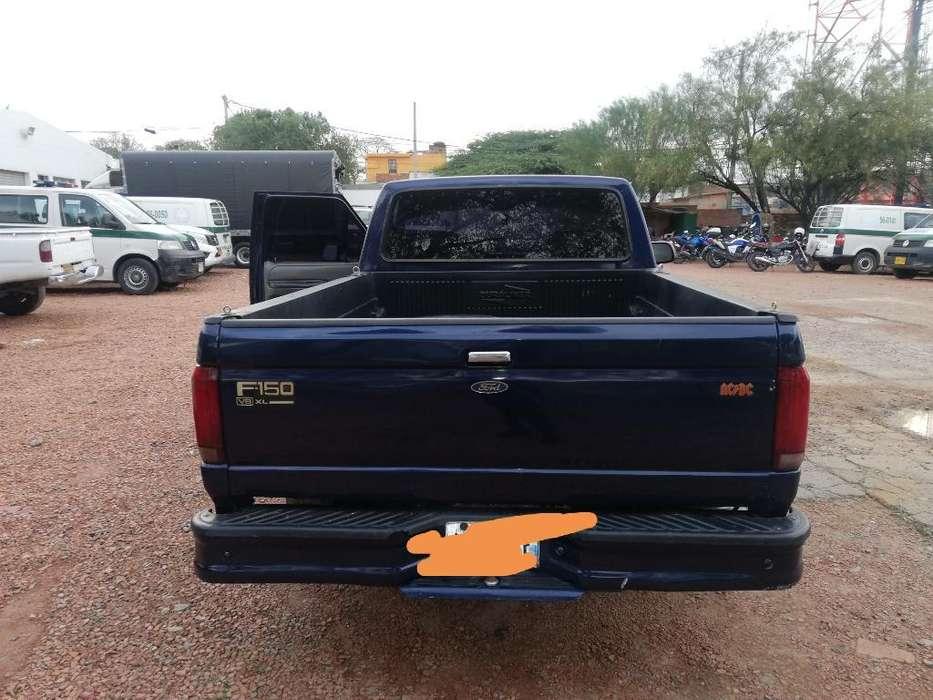 Ford F-150 1997 - 999998555 km