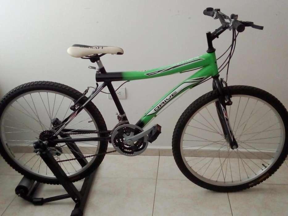 bicicleta y estatica