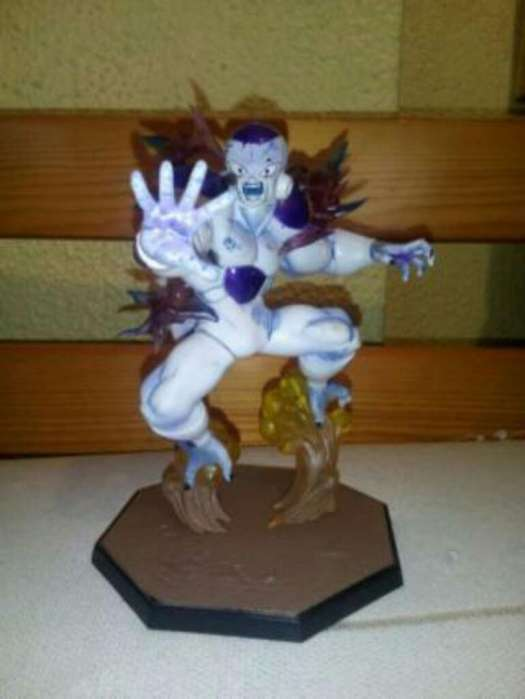 Figuras Dragon Ball de Freezer