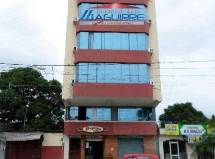 HOTEL EN VENTA TOTALMENTE AMOBLADO CON INGRESOS DE HASTA 5.000 MENSUALES Negocio en Marcha Centro de Machala