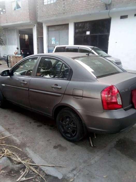 Hyundai Accent 2008 - 1800 km